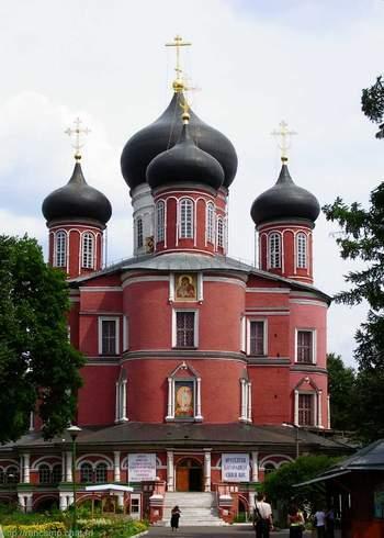Большой  собор Донского монастыря.