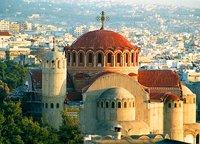 В центре Салоник у входа в православный храм взорвалась бомба