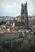 В соборе швейцарского Фрибура при ремонтных работах обнаружены фрески XIV в.