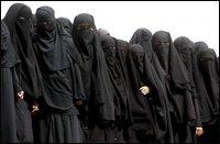 В Пакистане с начала этого года в ислам насильственно обращено около 100 женщин