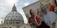 Папа Франциск провозгласил святыми Иоанна Павла II и Иоанна XXIII