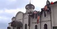 Украинская армия продолжает обстрелы Свято-Иверского монастыря