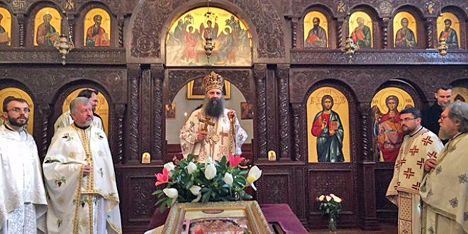 Митрополит Загребский и Люблянский Порфирий посетил сербский приход в Париже