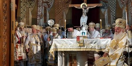 В Элладской Православной Церкви совершены хиротонии двух новых митрополитов