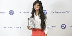 В США полуслепая девушка-мусульманка из Шри-Ланки стала христианкой