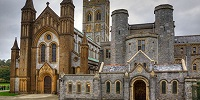 В Англии отмечают 1000-летие бенедиктинского аббатства Бакфаст в Девоншире
