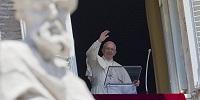 Кардинал Берк счел справедливым призыв к отставке Папы Франциска, озвученный архиепископом Вигано