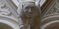 Убранство Кельнского собора украсила горгулья с изображением Папы Франциска