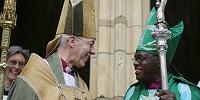 В канун Генерального Синода Церкви Англии архиепископы и королева обвиняют правительство в углублении раскола в обществе