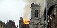 Как минимум 10 католических церквей по всей Франции подверглись нападению с начала месяца