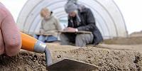 Археологи обнаружили в центре Пскова могильник XV века