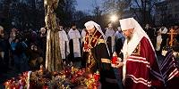 Лидеры украинских униатов и раскольников-автокефалистов совместно совершили панихиду по жертвам Голодомора