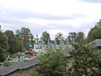 Псково-Печерский монастырь. Фото - Е.Татаринова