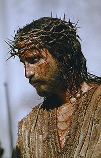 Джеймс Кевизел в роли Иисуса