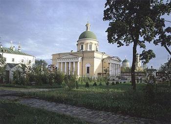 Эконом памятник Арка с резным профилем Ростокино Памятник с крестом на просвет Могоча